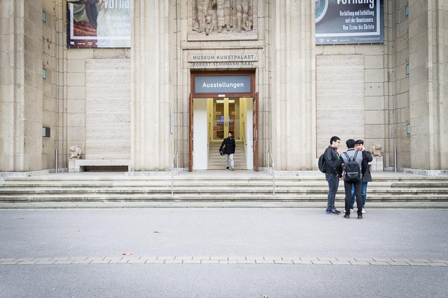 The Dorf, Judith Büthe, Magazin, Reportage, Miki Kekenj