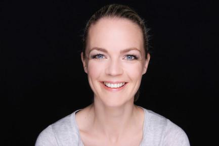 EVA BRENNER - INTERIOR DESIGNER & TV PRESENTER
