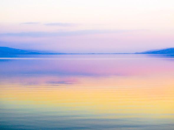 Lake in Yellow אגם בצהוב