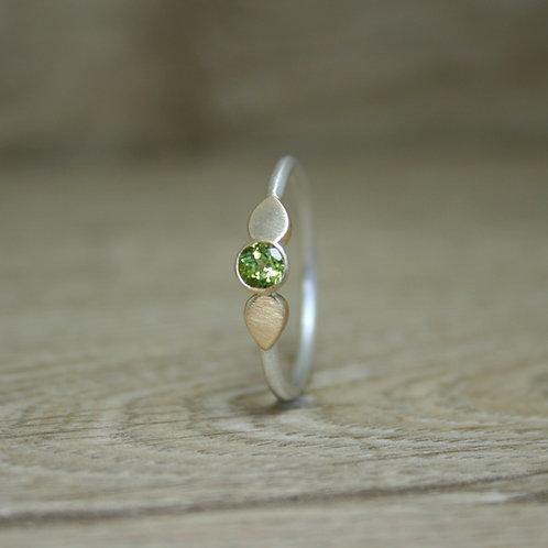 Silver and Gold Peridot Ring - Raindrop Collection