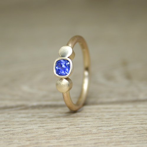 Large Gold Cushion Cut Sapphire Ring - Dot Collection