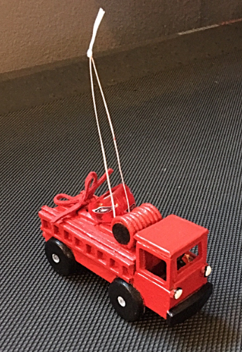 firetruck ornament w/ ring