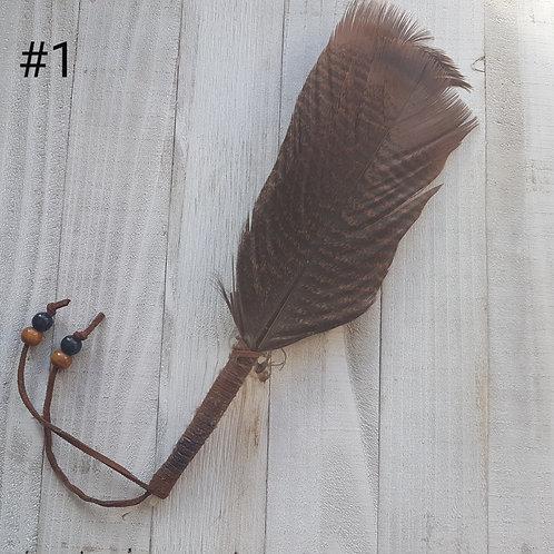 Bâton de plumes pour encens