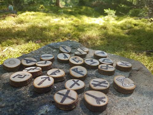 Runes en bois Futhark