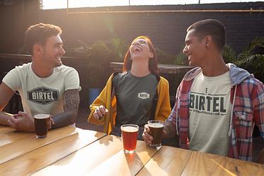 t-shirt-mockup-featuring-three-friends-e