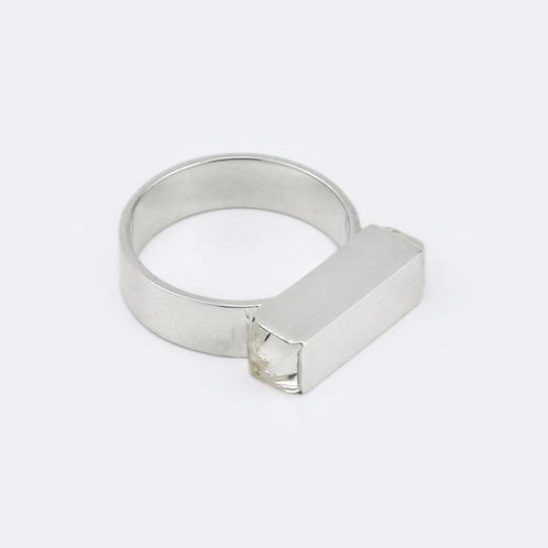 Monolith Ring