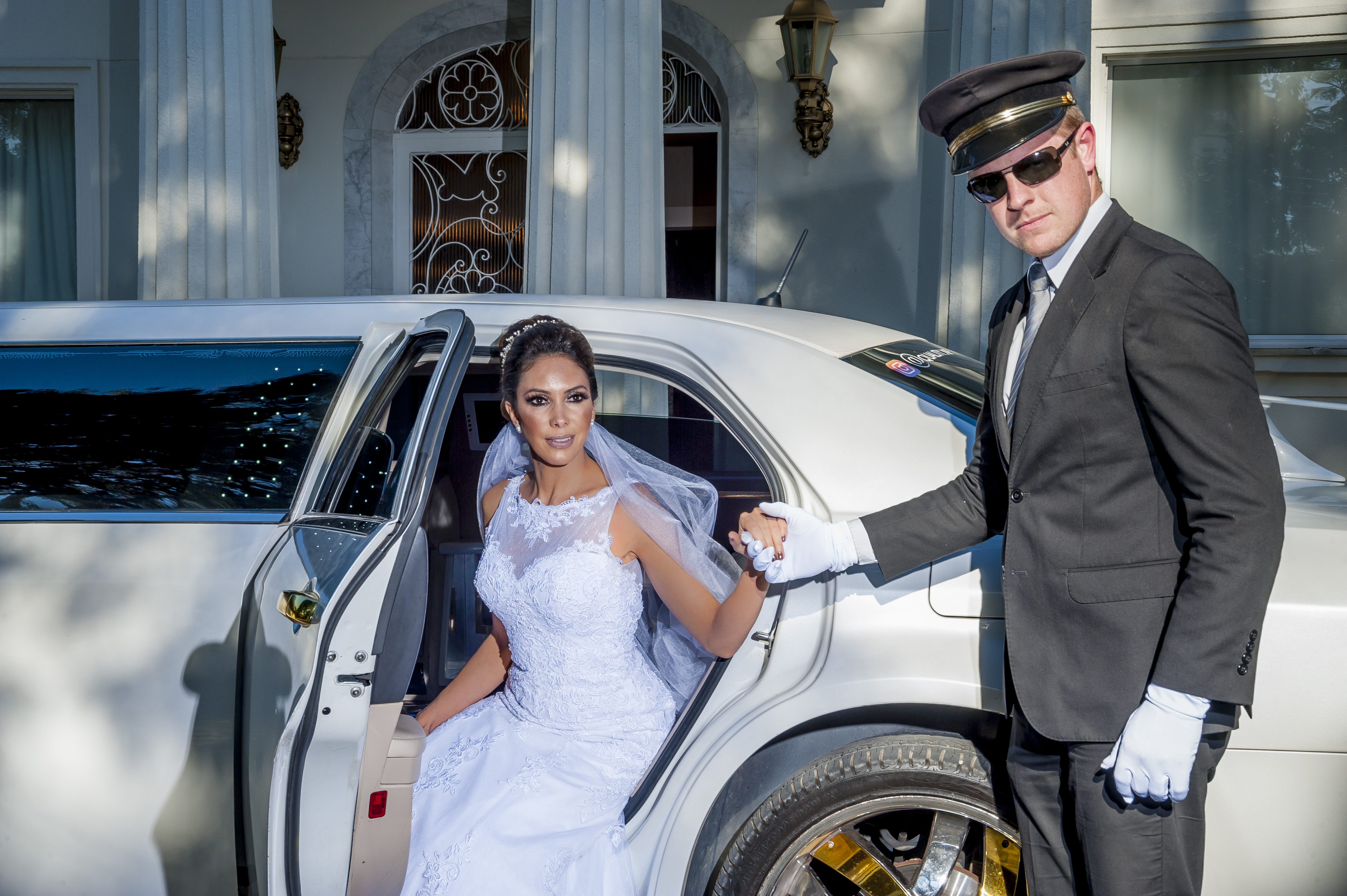chauffeur of limousine