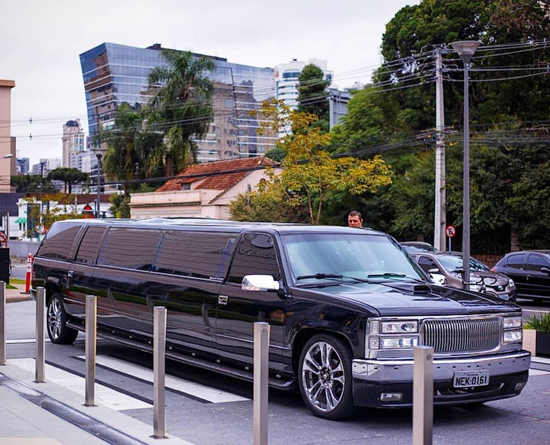 Limousine GMC Suburbam Curitiba