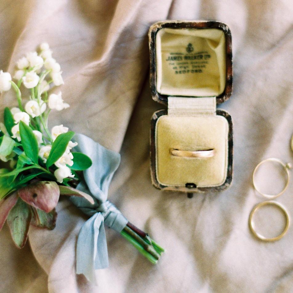 Devon Wedding Image by Imogen Xiania.