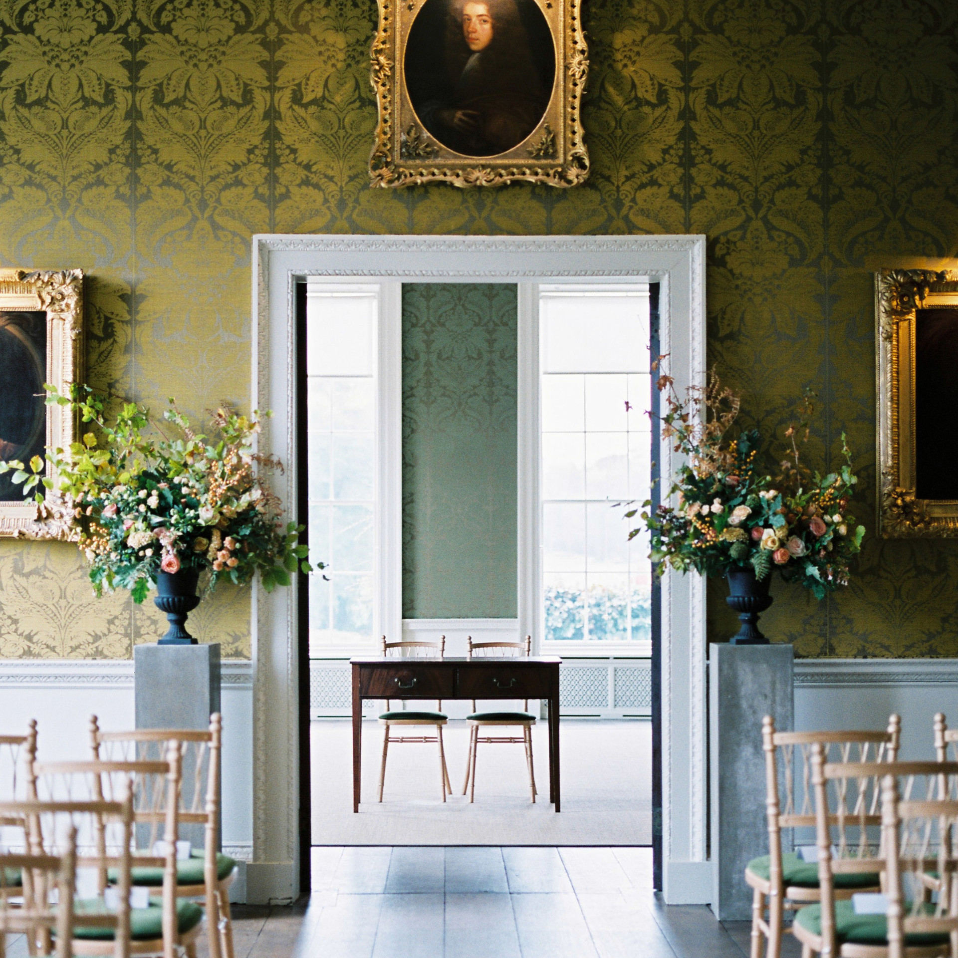 October Wedding at St Giles
