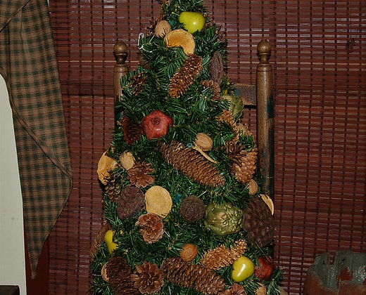 lighted christmas tree with dried ornaments - Lighted Christmas Ornaments