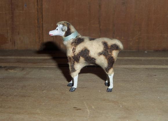 """A Little German Putz 2.5"""" Ewe with Brown Markings"""