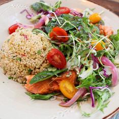 Harissa salmon salad