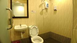 Family 3 Pax Room En-Suite Bathroom