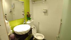 Superior Twin Bed Room En-Suite Bathroom