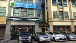 Apple 1 Hotel Queensbay Exterior View 2