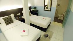 Apple 1 Hotel Gurney Deluxe Twin Room