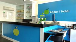 Apple 1 Hotel Queensbay Lobby 1