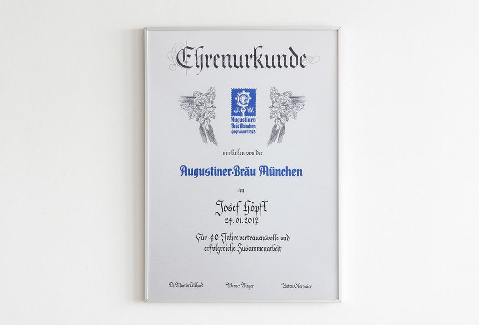 Ehrenurkunde Augustiner