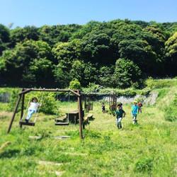 晴天の今日は水鉄砲の戦場に。__#パタジェウミソラ #awajiisland #淡路島