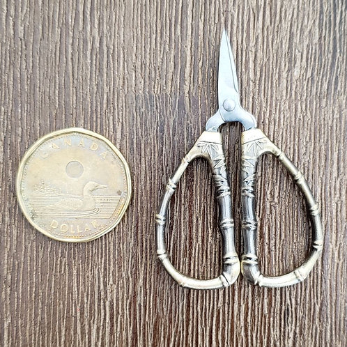 Tiny Bamboo Snips