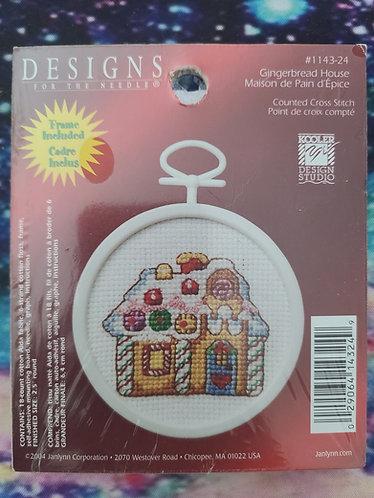 Gingerbread House Mini Kit