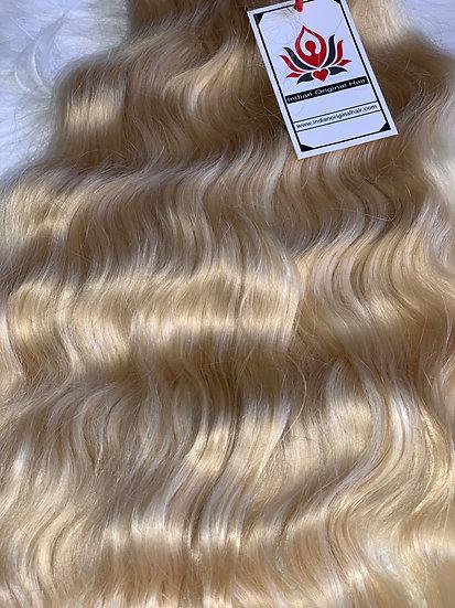 Blond: Wavy