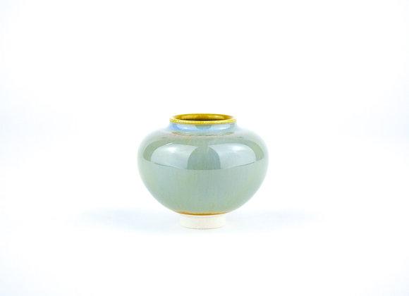 No. M423 Yuta Segawa Miniature Pot Medium