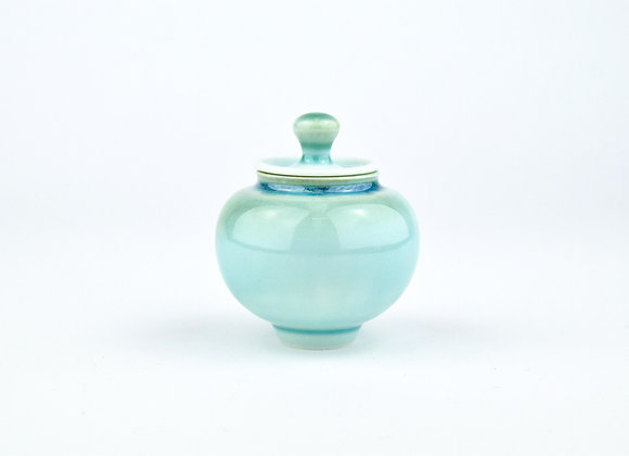 No. E111 Yuta Segawa Miniature Pot & Cover  Medium