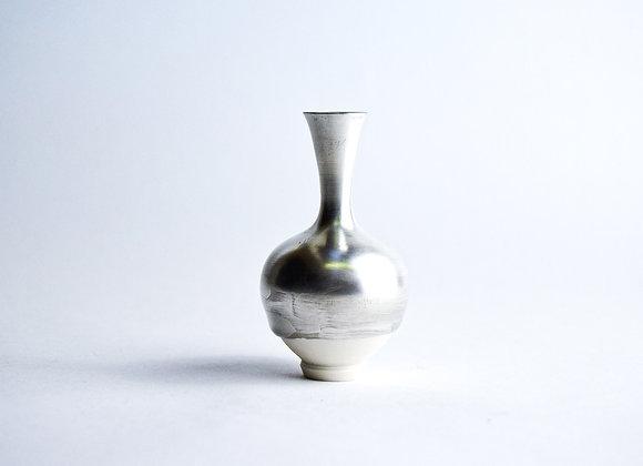 No. S27 Yuta Segawa Miniature Pot 'Silver' Medium