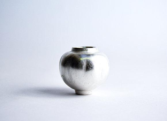 No. S21 Yuta Segawa Miniature Pot 'Silver' Medium