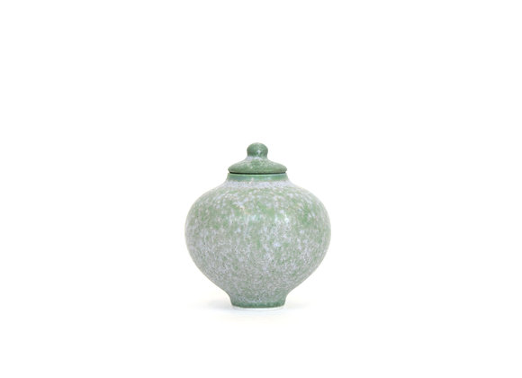 Miniature Pot&Cover Medium No.18
