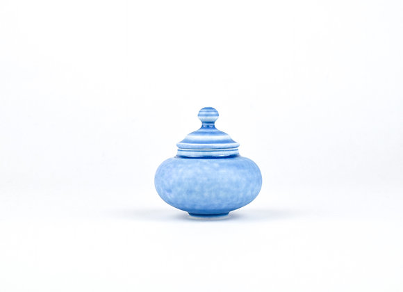 No. E64 Yuta Segawa Miniature Pot & Cover  Medium