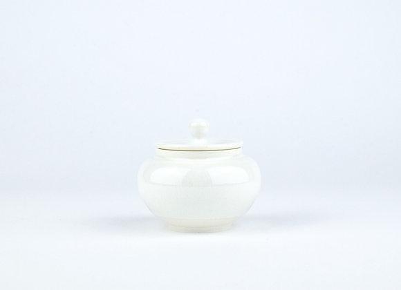 No. E98 Yuta Segawa Miniature Pot & Cover Large
