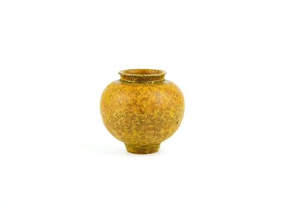 No. M63 Yuta Segawa Miniature Pot Medium