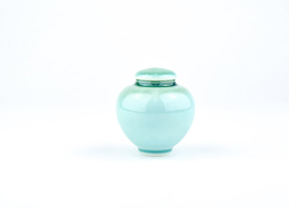 No. E116 Yuta Segawa Miniature Pot & Cover  Medium