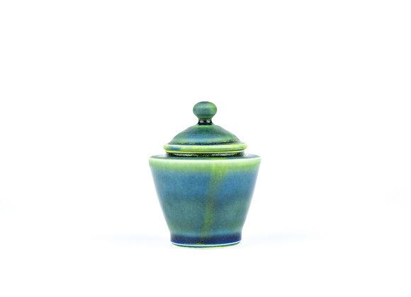No. E96 Yuta Segawa Miniature Pot & Cover Large
