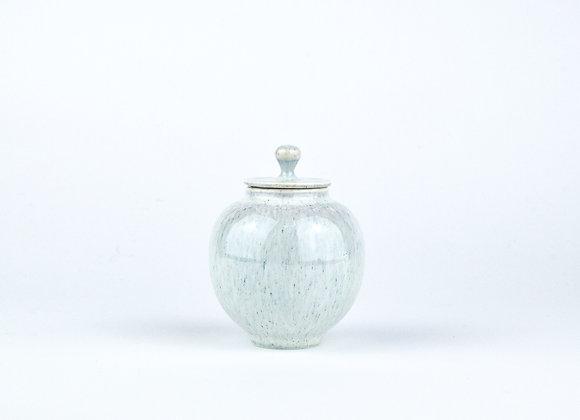 No. E19 Yuta Segawa Miniature Pot & Cover  Large
