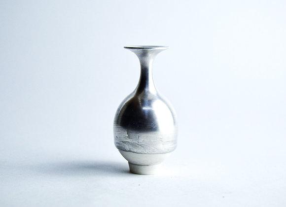 No. S25 Yuta Segawa Miniature Pot 'Silver' Medium