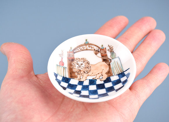 Miyu Kurihara × Yuta Segawa Miniature No.39 'Lion in the geometrical room'