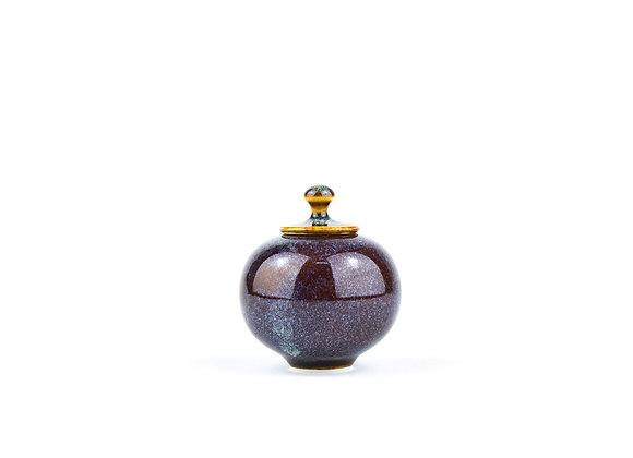 No. E34 Yuta Segawa Miniature Pot & Cover  Medium