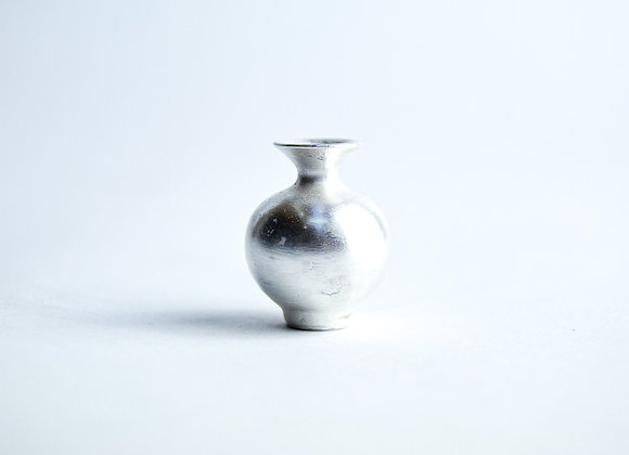 No. S2 Yuta Segawa Miniature Pot 'Silver' Small