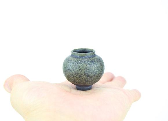 No. B39 Yuta Segawa Miniature Pot Medium