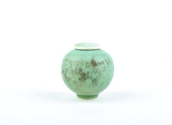 No. E106 Yuta Segawa Miniature Pot & Cover Medium