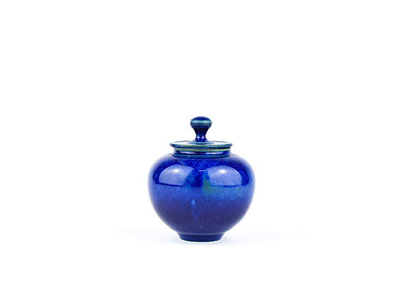 No. E21 Yuta Segawa Miniature Pot & Cover  Large