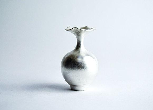 No. S14 Yuta Segawa Miniature Pot 'Silver' Medium