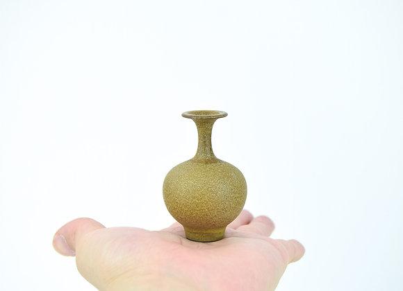 No. B76 Yuta Segawa Miniature Pot Large