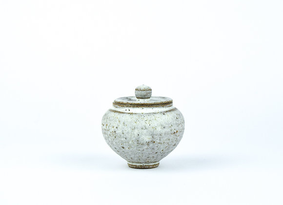 No. E9 Yuta Segawa Miniature Pot & Cover  Large