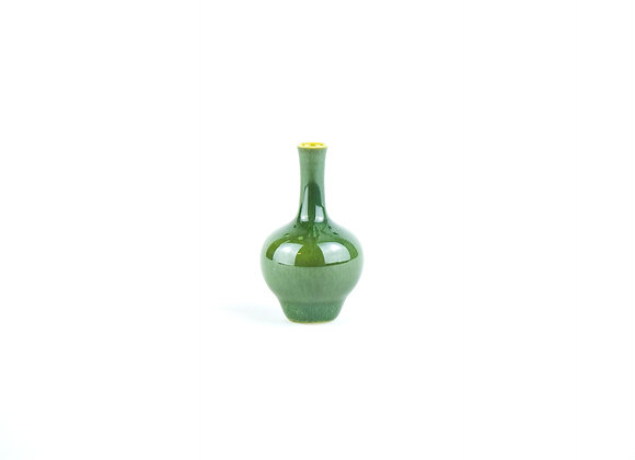 No. M26 Yuta Segawa Miniature Pot Small
