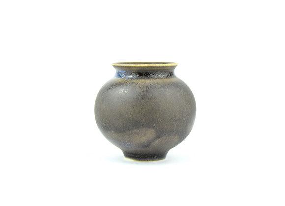No. K42 Yuta Segawa Miniature Pot Medium